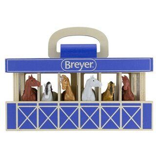 Breyer Stablemates (1:32) 59218 - Wood Stable with 6 Stablemates horses